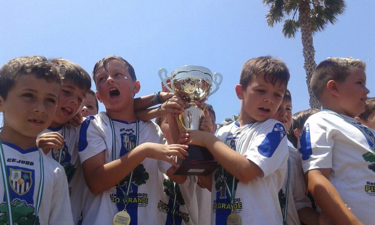 Punta del caimán campeones en la Copa Federación Huelva