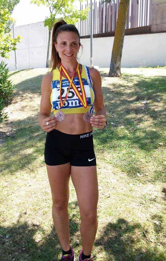Dos bronces para Elena Cobos en el L Campeonato de España de Atletismo de Veteranos de aire libre.