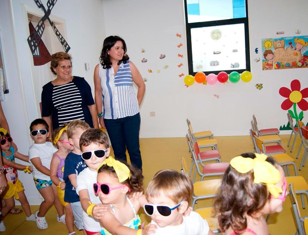 La Alcaldesa de Isla Cristina visita la Escuela Infantil Municipal Nuestra Señora del Rosario