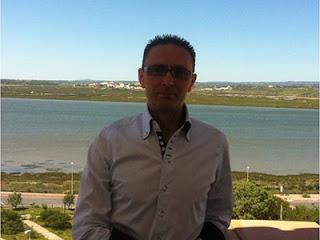 Francisco de Paula, del Conservatorio Profesional de Música Isla Cristina socio fundador de la Asociación Española de Psicología de la Música y la Interpretación Musical