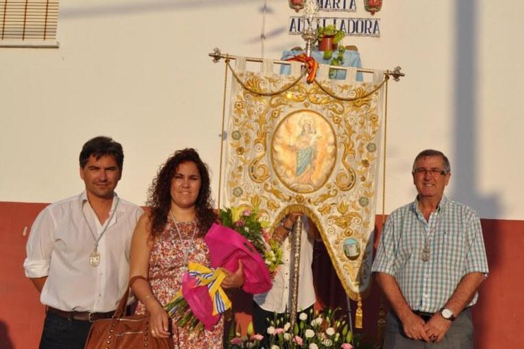 Carlos Guarch, Nerea Ortega y Juan García junto al Simpeacdo