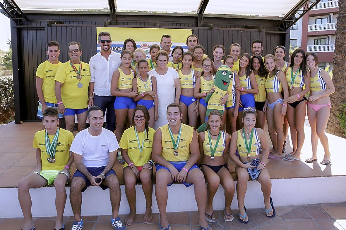 La Escuela de Atletismo isleña y el Hotel Barceló Isla Cristina premia a sus atletas más destacados