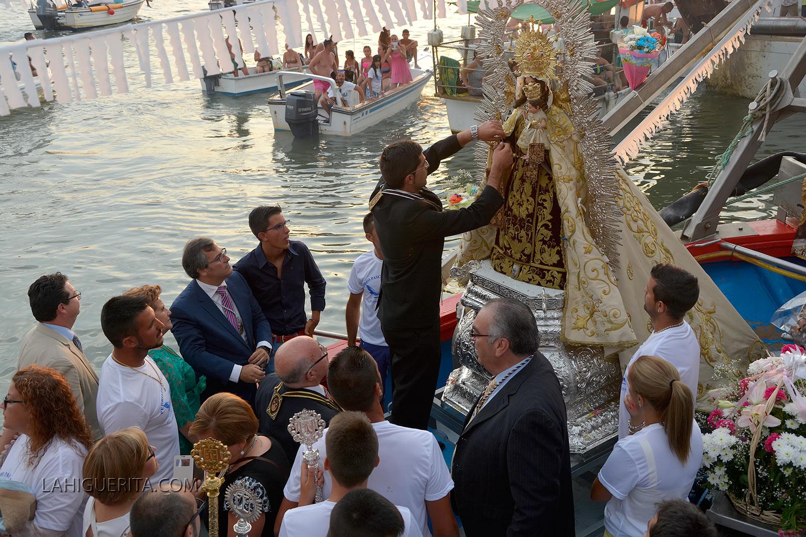 Los isleños viven este fin de semana el broche final de las fiestas del Carmen
