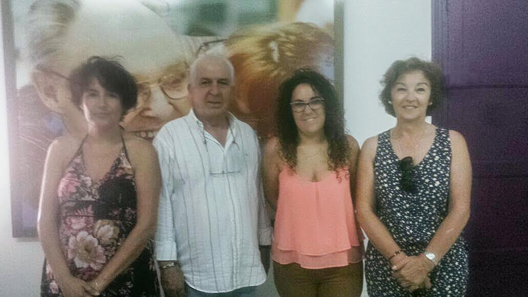 Las concejalas isleñas de Servicios Sociales, Discapacidad y Mayores, respectivamente, visitan la sede de ASOIFAL (Asociación Alzheimer)