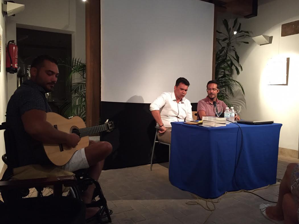 El isleño Francisco Manuel Cienfuegos da a conocer su nuevo trabajo en el marco del Ciclo 'Los Martes Culturales'