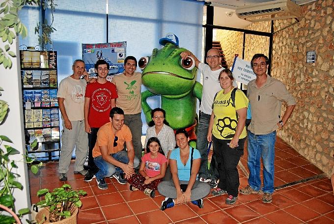 Ituci Verde participó en el censo nocturno de camaleones en Islantilla