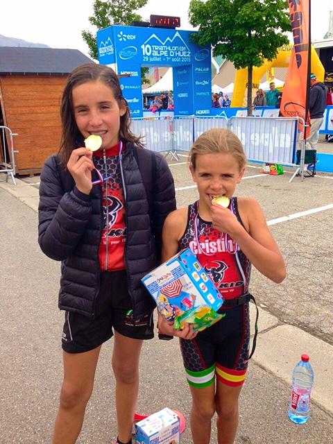 Las Hermanas Jiménez del C.D. Iberman ganan en Francia el 10º Triatlhón Edef Alpe D´Huez