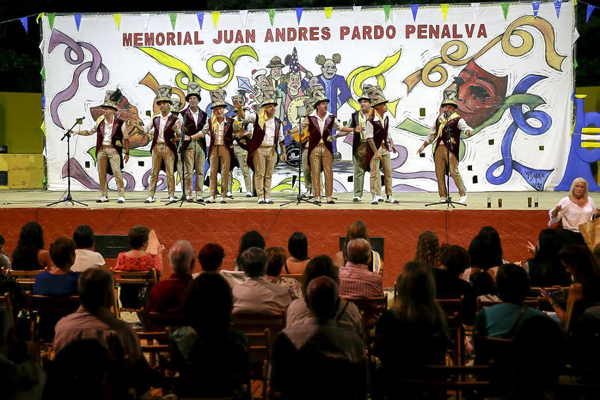 Gran ambiente carnavalero en el Memorial Juan Andrés Pardo Penalva