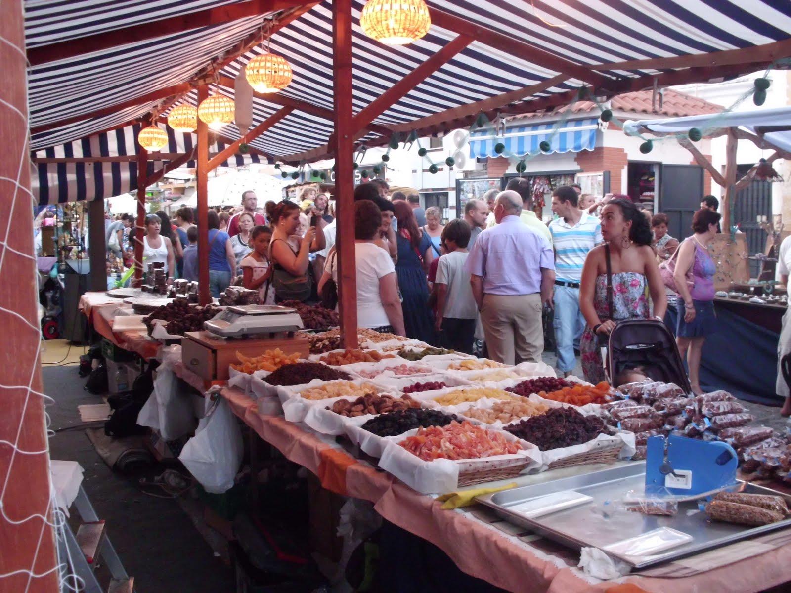 Isla Cristina disfruta un año más de su Mercado Marinero