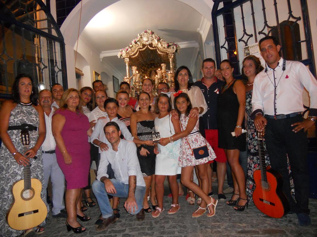 La casa la Picarona canto la Salve de la Hermandad del Rocío de Isla Cristina