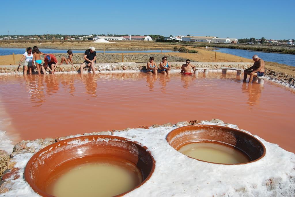 Isla Cristina entre las Diez salinas brillantes en España
