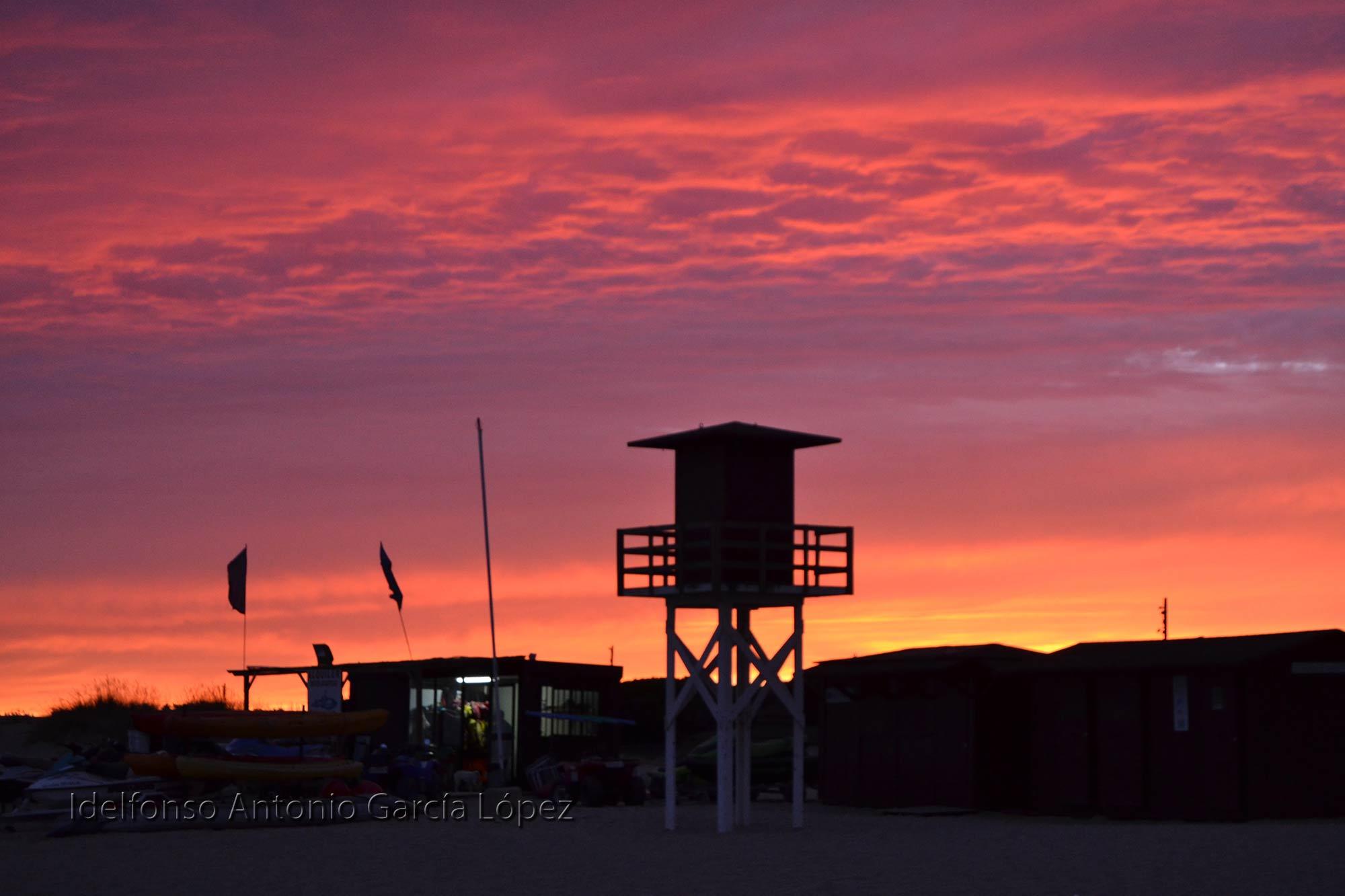 Atardecer-rosado-playa-de-Isla-Cristina