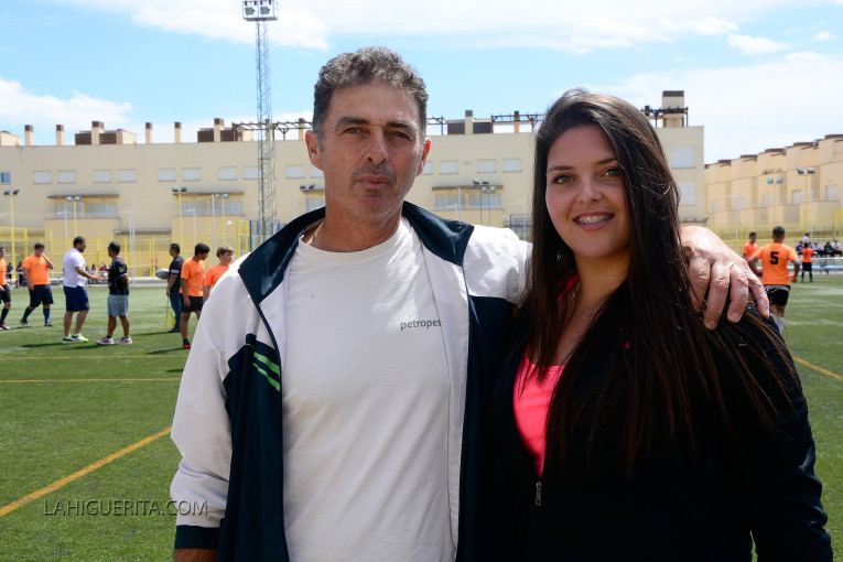 "La atleta isleña Estela Cazorla ""Reina Andaluza en Peso y Disco"""