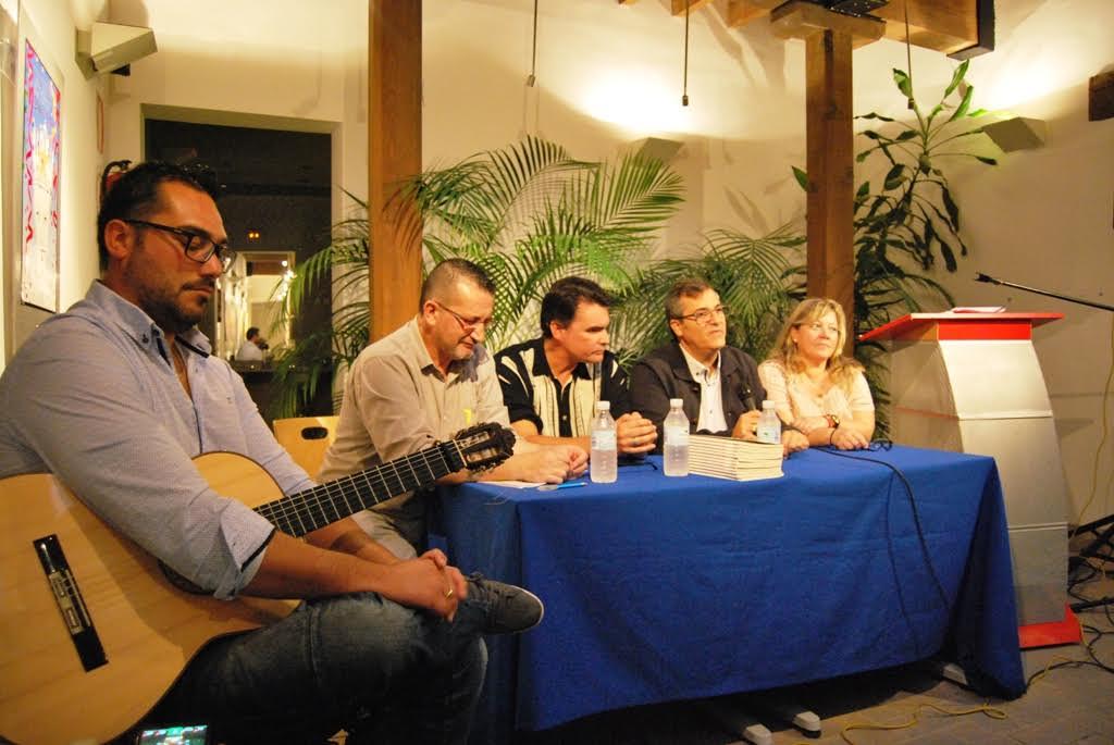 Francisco Cienfuegos, protagonista de Poesía en el Patio de Isla Cristina