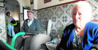 Un matrimonio de pensionistas de Isla Cristina se enfrenta a una orden de desahucio por una deuda de 46.000 euros