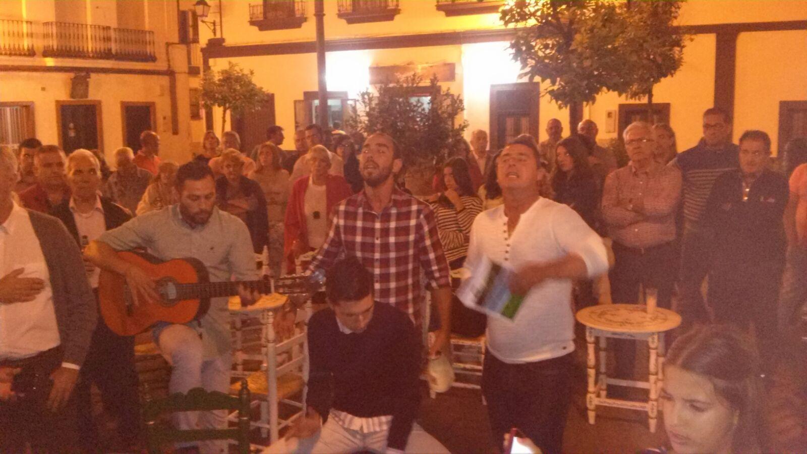 Kalandraque Canta la Salve en Isla Cristina