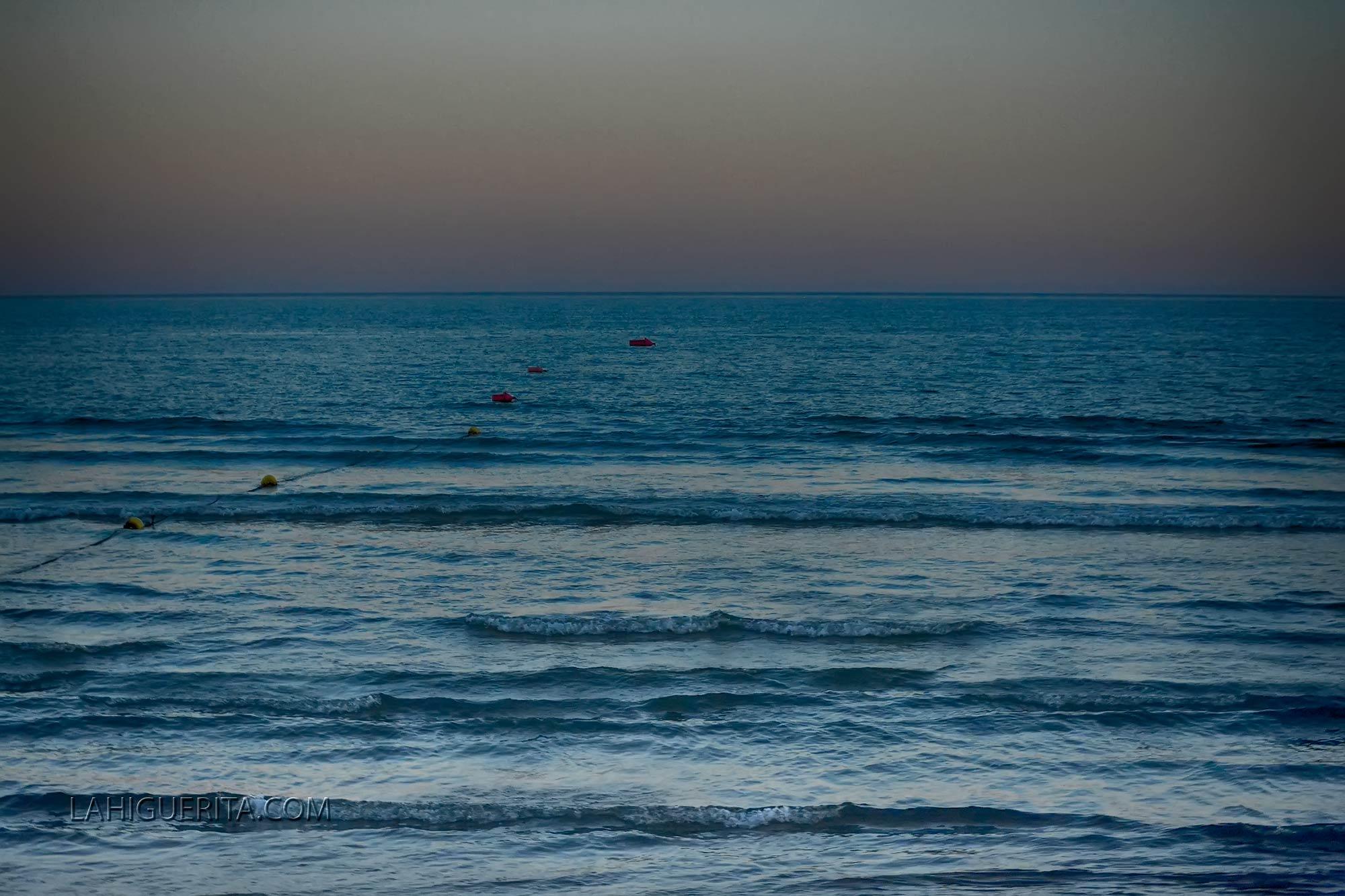 Julio registró la temperatura más alta del agua de baño en Isla Cristina