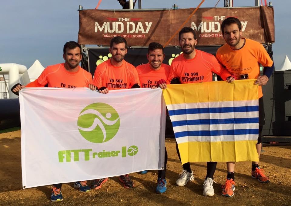 El equipo isleño Fittrainer10 en el Primer The Mud Day de Andalucía