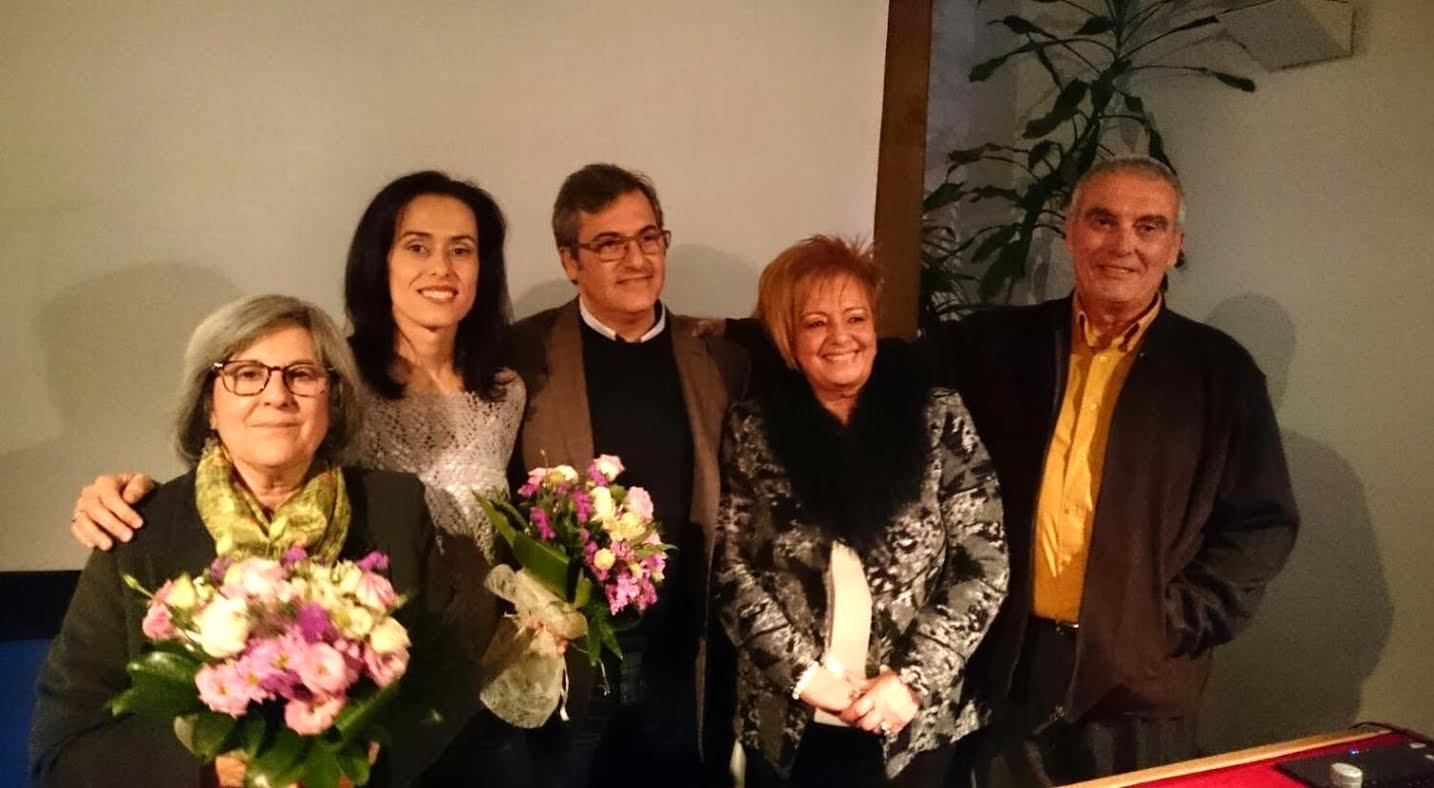 La isleña Eva Sarrias presenta su primer libro 'Memorias del Cuerpo'