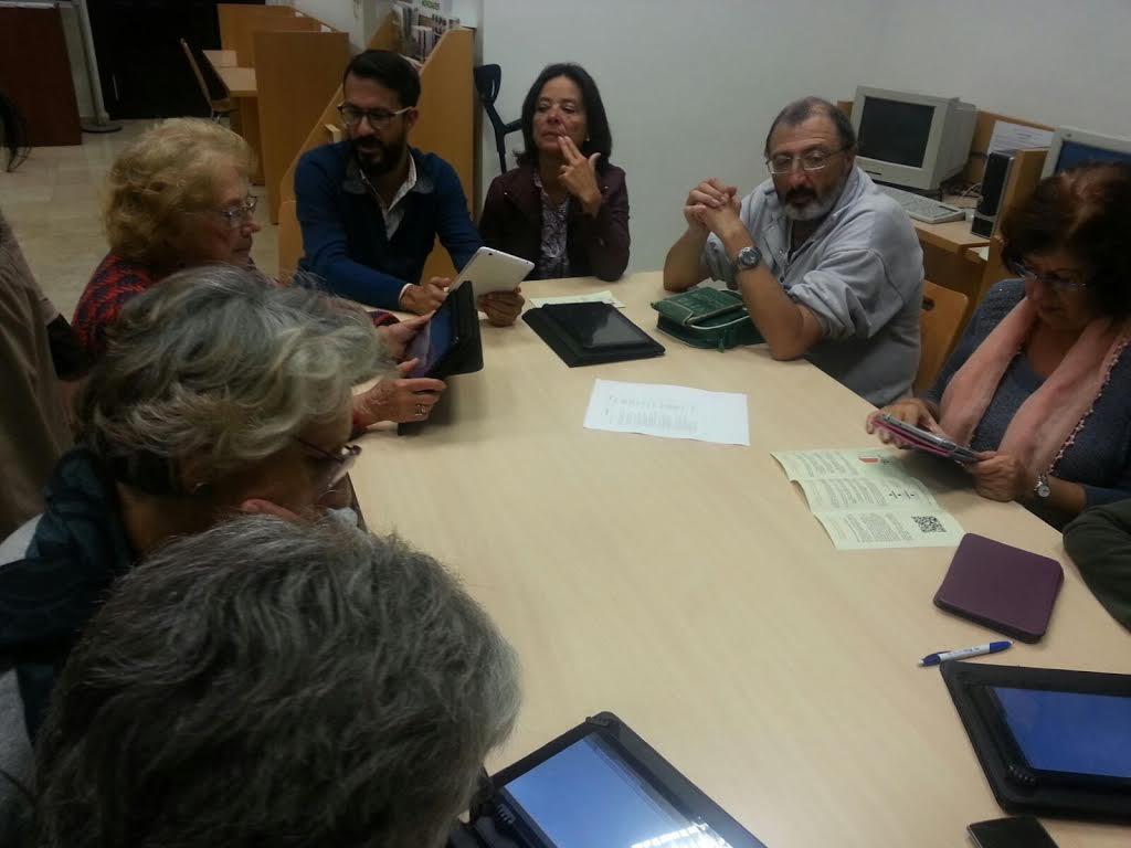 El Programa Andalucía Compromiso Digital llega a la Biblioteca Municipal isleña