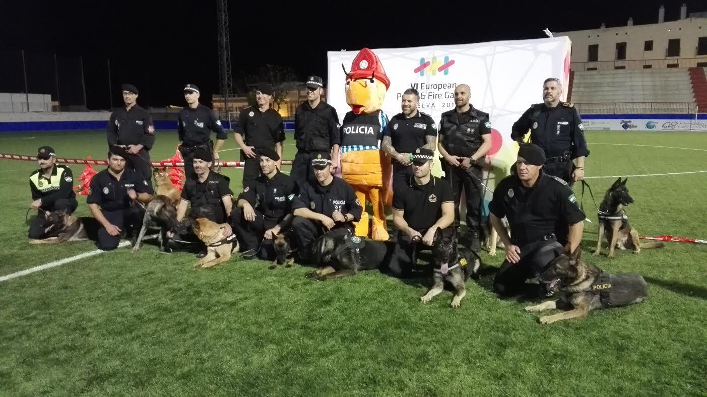 Isla Cristina presente en la I Exhibición de Unidades Caninas celebrado en la Palma del Condado