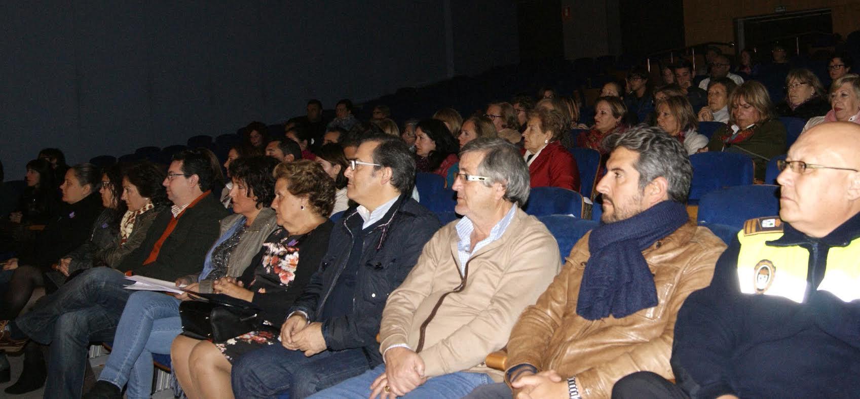 Isla Cristina muestra su rechazo ante la Violencia de Género
