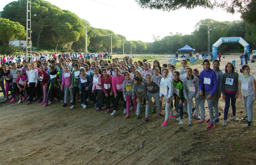 540 Atletas en el 4º Cross Deportivo Escolar de Moguer.