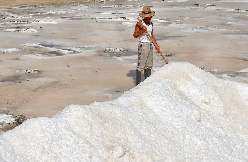 La imagen de las salinas de isla titulada 'Flor de sal', primer premio del concurso 'Huelva a través de la fotografía'