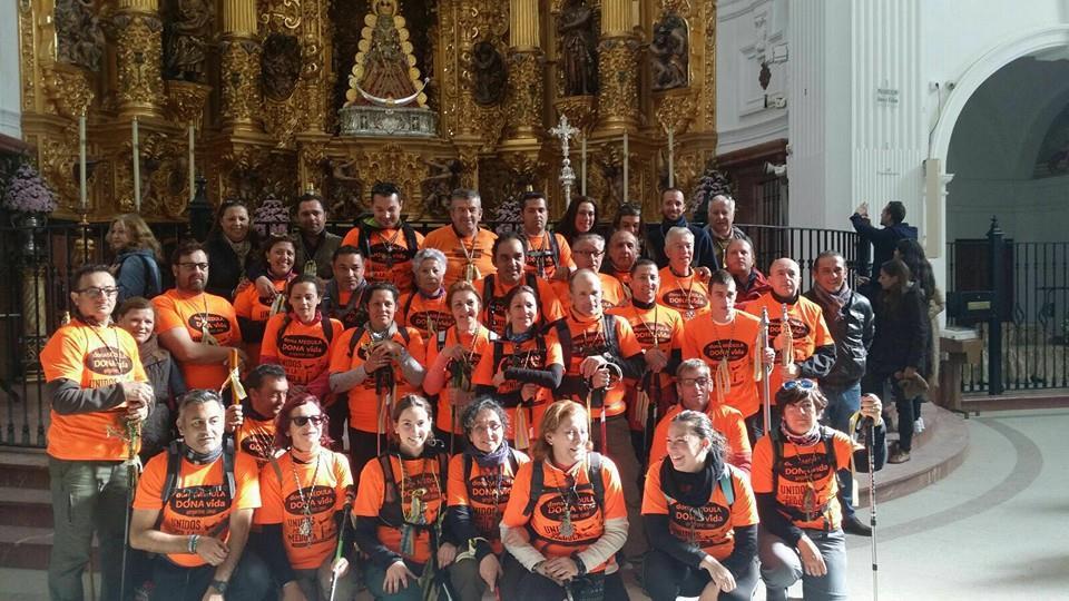 Los peregrinos de la Hermandad del Rocío de Isla Cristina llegaron a las plantas de la Virgen