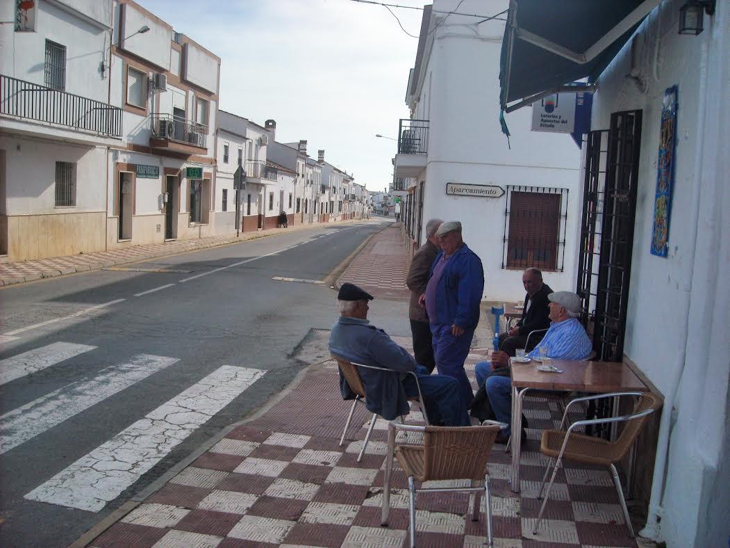 En Villablanca un anciano es asaltado en su casa por dos tipos