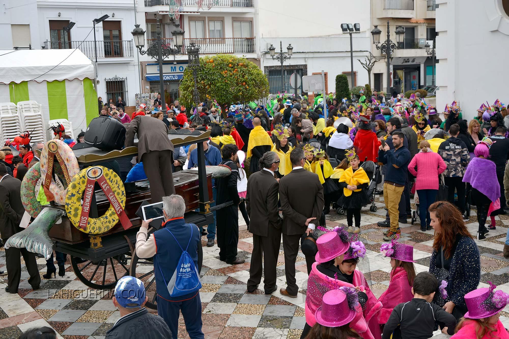 Desfile de Viudas de las Escuelas Infantiles de Isla Cristina 2016