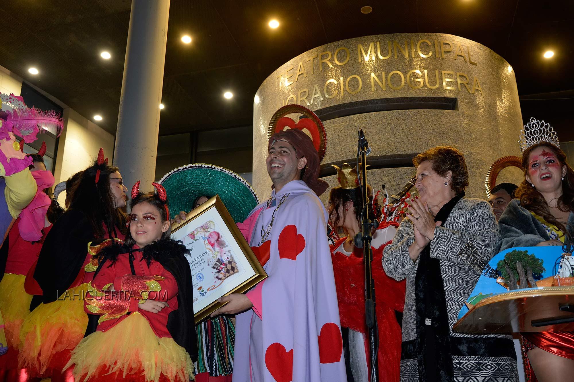 Pistoletazo de salida al Carnaval de calle con el Pito de Caña 2016