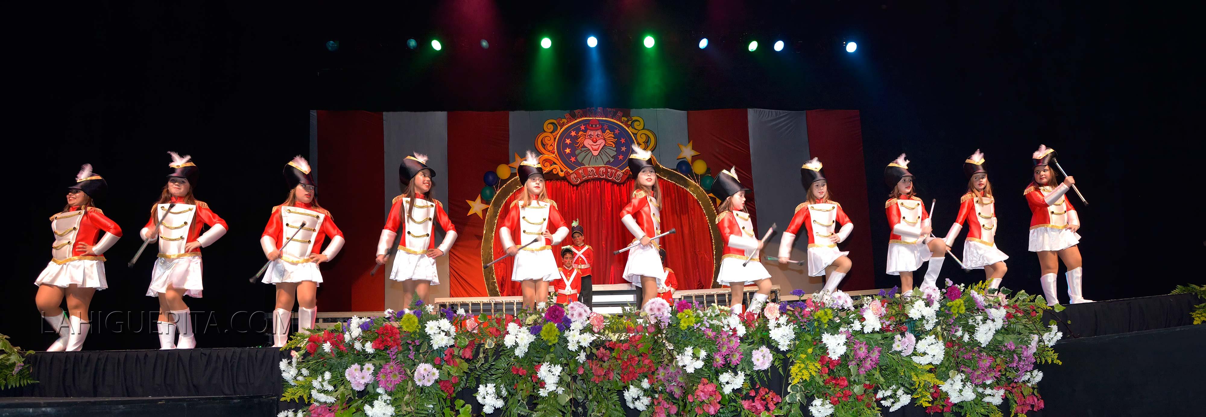Show Coronacion juvenil carnaval isla cristina 2016 panoramica