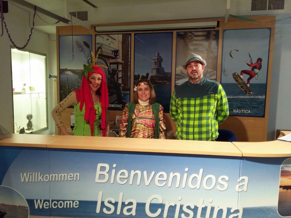 El personal de la Oficina de Turismo de Isla Cristina atenderá disfrazado al público los días de Carnaval