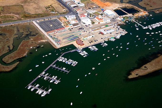 La Junta aprueba dos proyectos privados para actividades en El Terrón con 165.000 euros de inversión