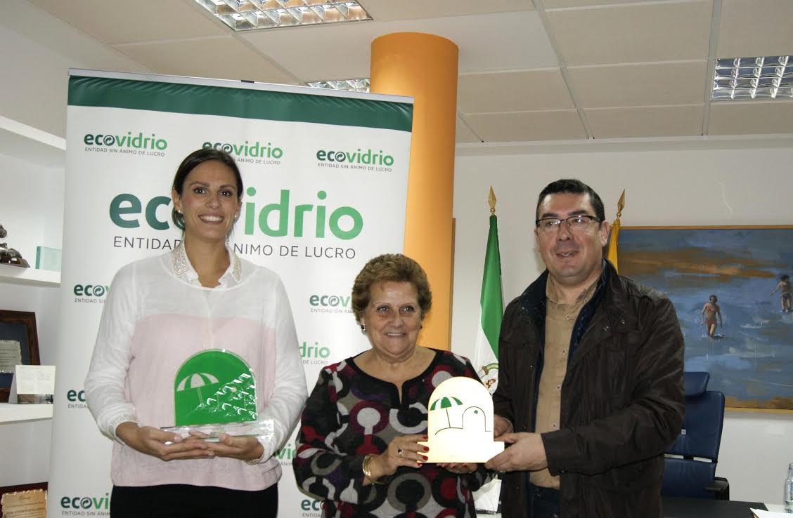 Ecovidrio premia a Isla Cristina por los excelentes resultados obtenidos en la Campaña de Reciclaje de Vidrio