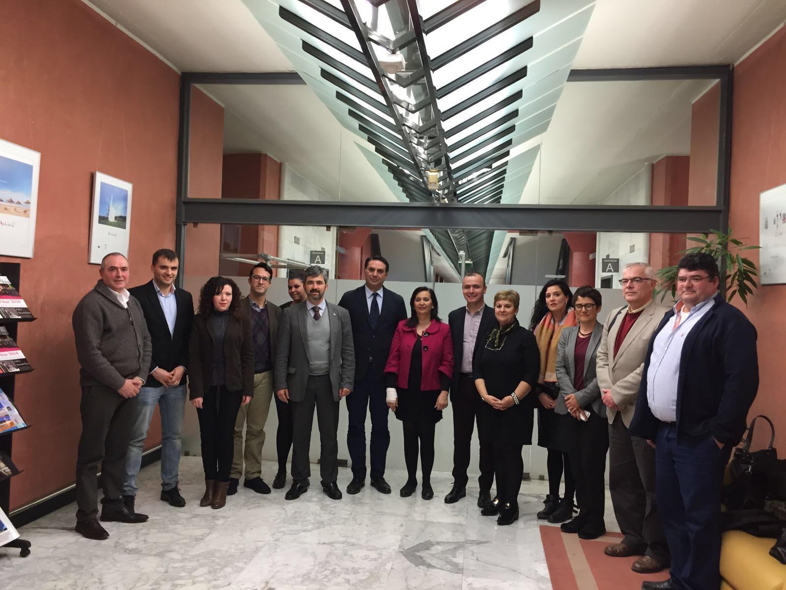 Los municipios que conforman la Ruta de Blas Infante mantuvieron una reunión con el Consejero de Turismo de la Junta de Andalucía