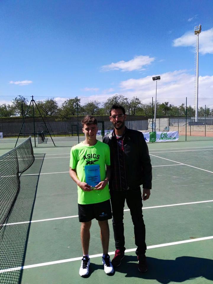 El tenista Isleño Nicolás Vicente Elena Campeón del Torneo Provincial Cadete