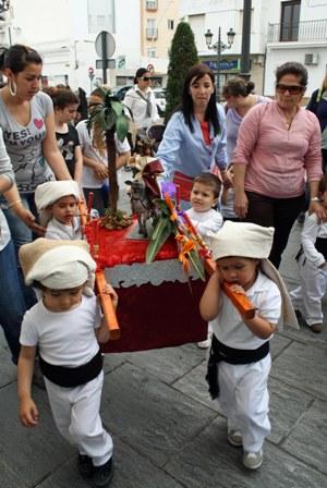 Salida de la Procesión infantil de la E.I. La Higuerita y Función Principal en Honor a Nuestra Señora de los Dolores