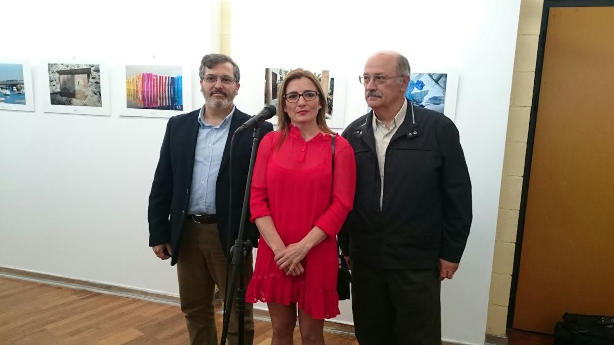 Inaugurada la VII Exposición de fotografías del CEIP El Molino de Isla Cristina