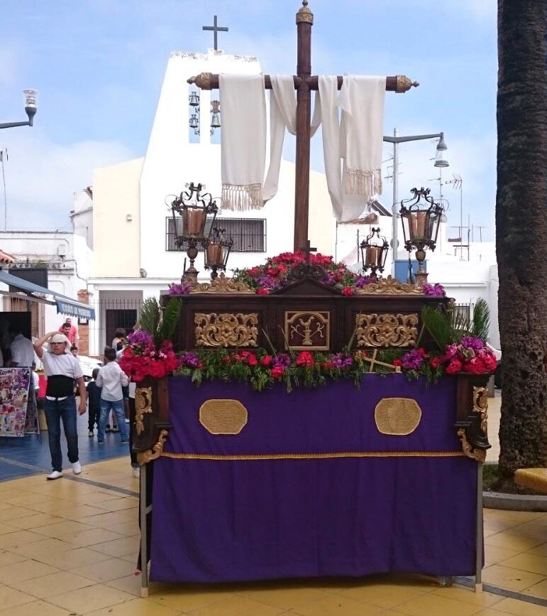 Los niños y jóvenes isleños protagonistas del Desfile de Cruces de Mayo
