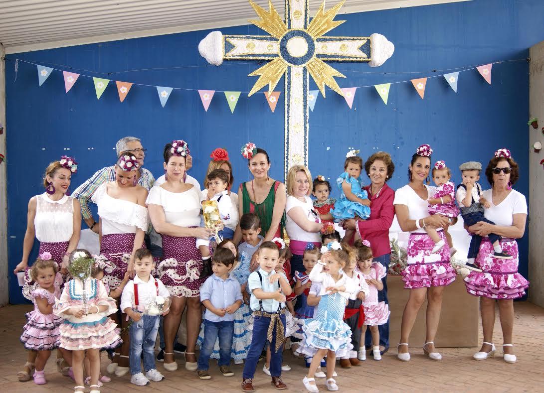 Los pequeños isleños protagonistas del Desfile Infantil de las Cruces de Mayo