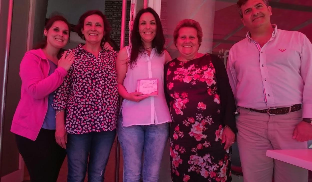 La isleña Alba Casado protagonizará un concierto en el Horacio Noguera para dar a conocer su disco 'Blancas'