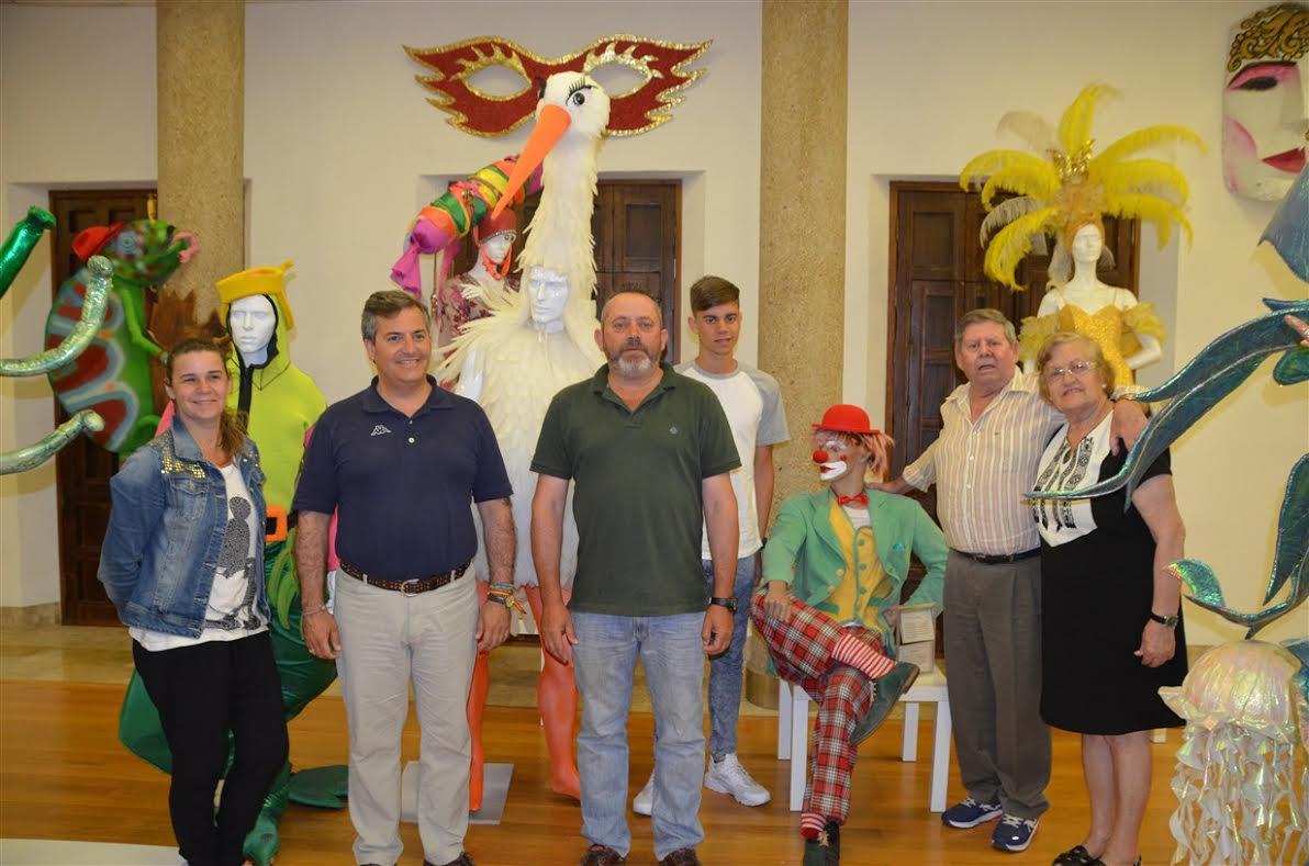 Nueva donación al Museo del Carnaval de Isla Cristina