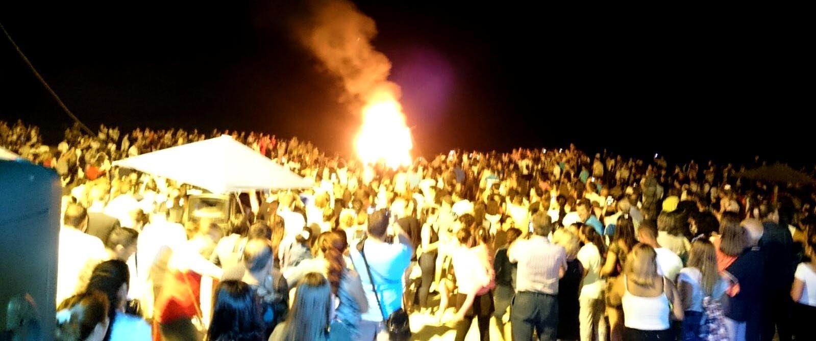 Isla Cristina celebra la Noche de San Juan