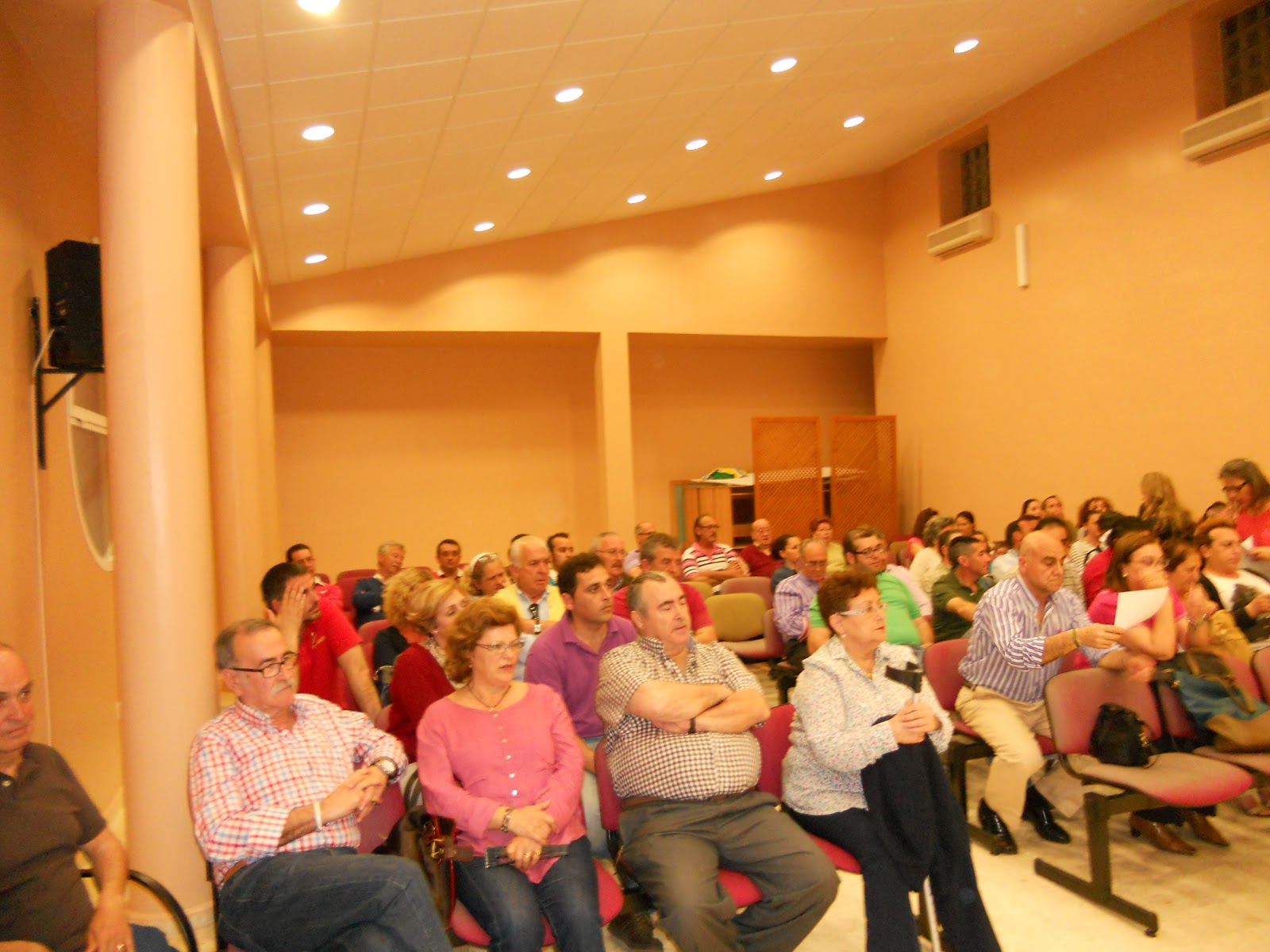 Asamblea Extraordinaria de la Hermandad del Rocío de Isla Cristina