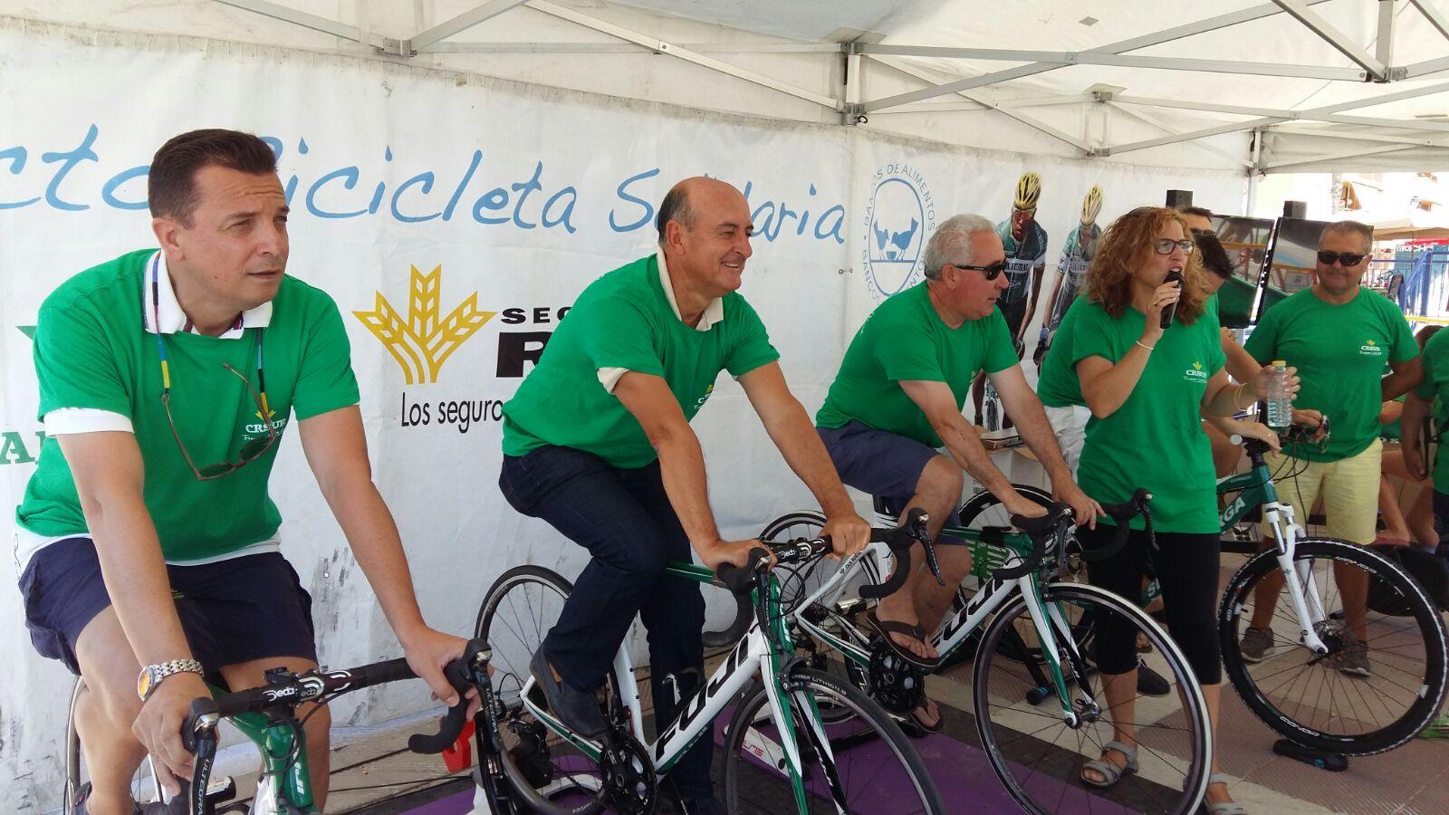 Numerosa participación en la 'Bicicleta solidaria' de Caja Rural en favor del Banco de Alimentos