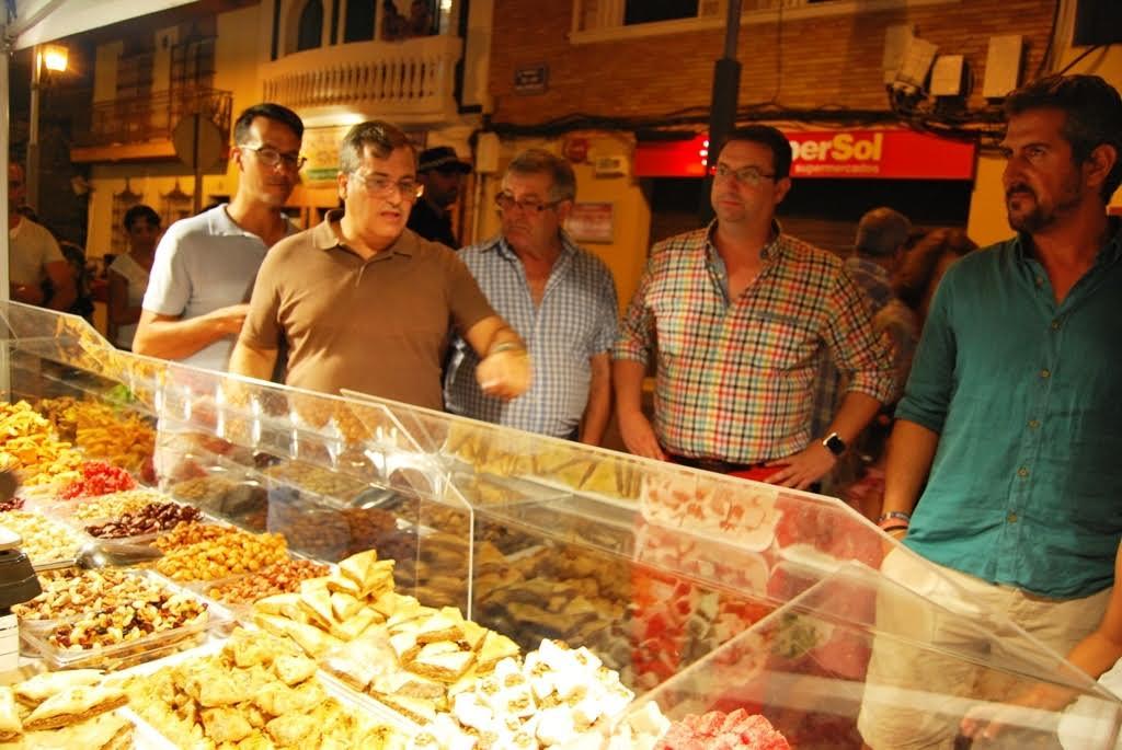 Hasta el próximo domingo se puede disfrutar del Mercado Marinero instalado en Isla Cristina