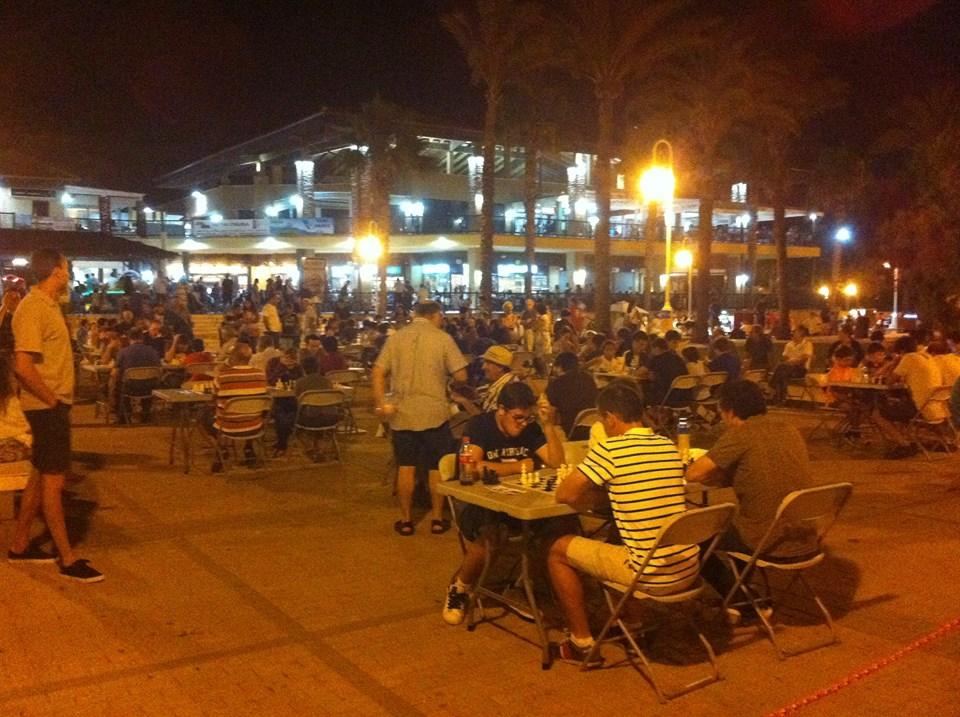 Antonio Hernández se impone en el primer torneo abierto de ajedrez nocturno Mancomunidad de Islantilla