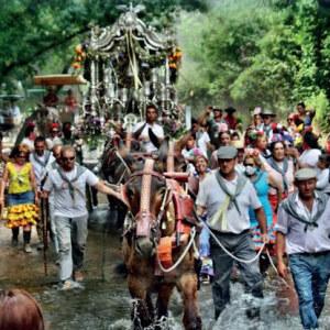 El Carro el Abuelo en la salve de la Hermandad del Rocío de Isla Cristina